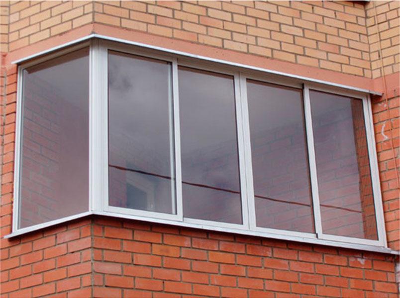 Плюсы и минусы остекления балкона алюминиевым профилем.